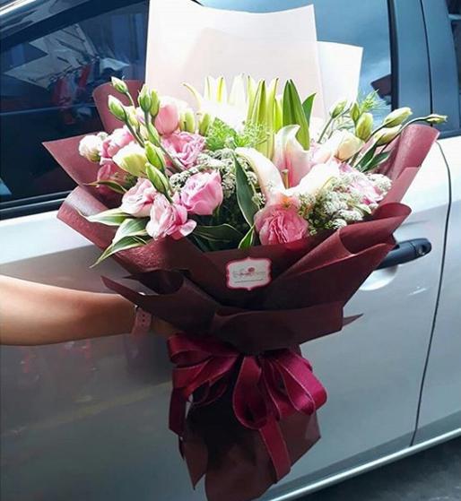 Pinky Valetine Flowers